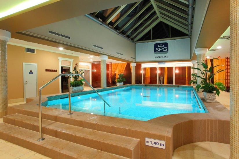 Aquapalace directory prague for Prague bathhouse