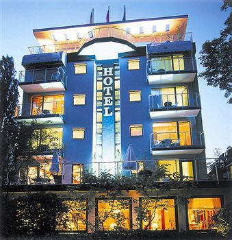 Hotel Villa Kastania In Berlin