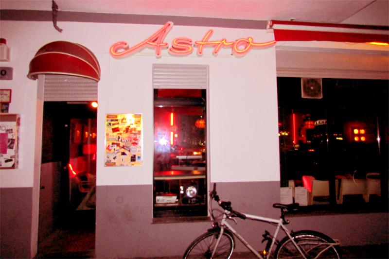 Cafes Open Late In Berlin
