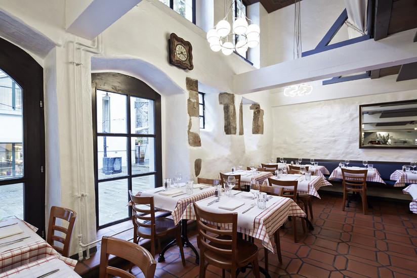 M re catherine restaurants zurich for Seafood bar zurich