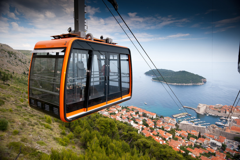 """cable car Conquering fansipan mountain, """" the roof of indochina """" now easier than ever with a cable car system just opened, you have only 15 minutes to the top."""