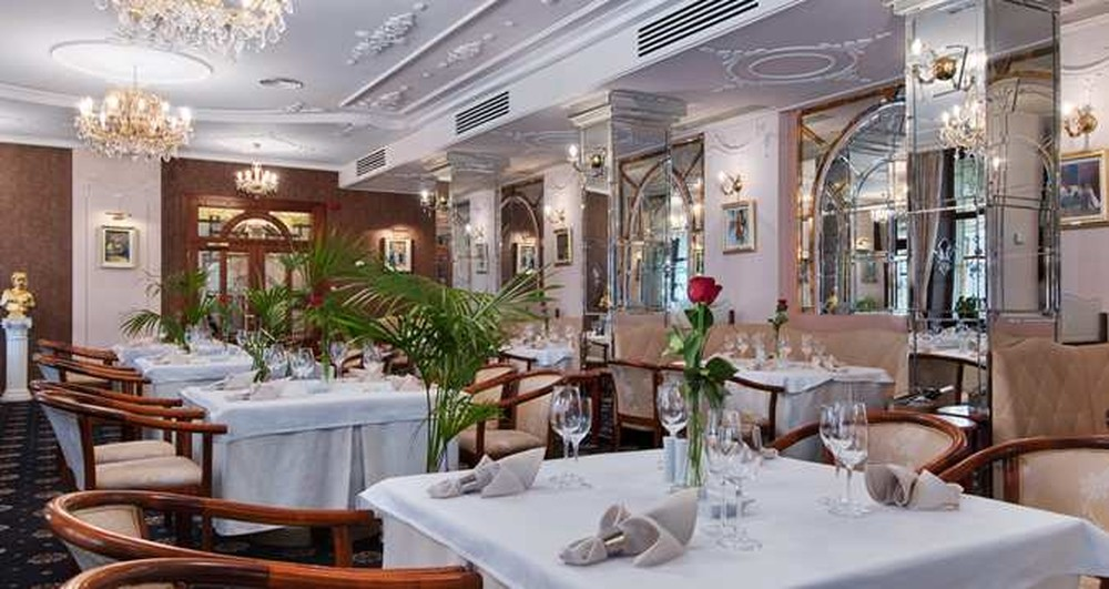 Versailles Restaurants Sibiu