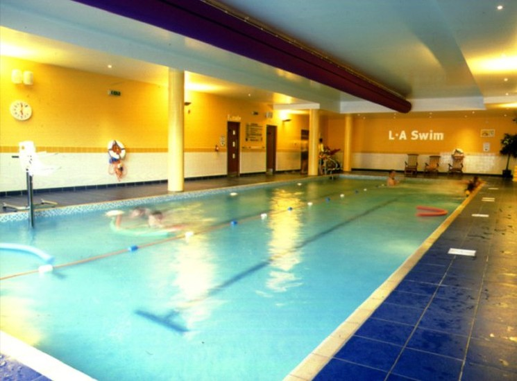 Armagh city hotel where to stay belfast northern ireland for Hotels in belfast with swimming pool