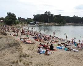 Kryspinów Lagoon: Swimming, Sand, Sun & Fun near Kraków