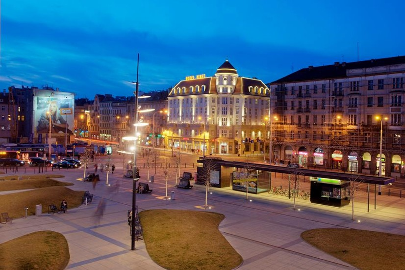 Hotel piast hotels wroclaw for Hotels wroclaw