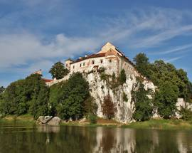 Tyniec Abbey: Kraków's Cliffside Monastery