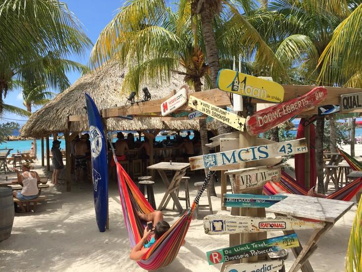 Chill Beach Bar Amp Grill Curacao Restaurants Curacao