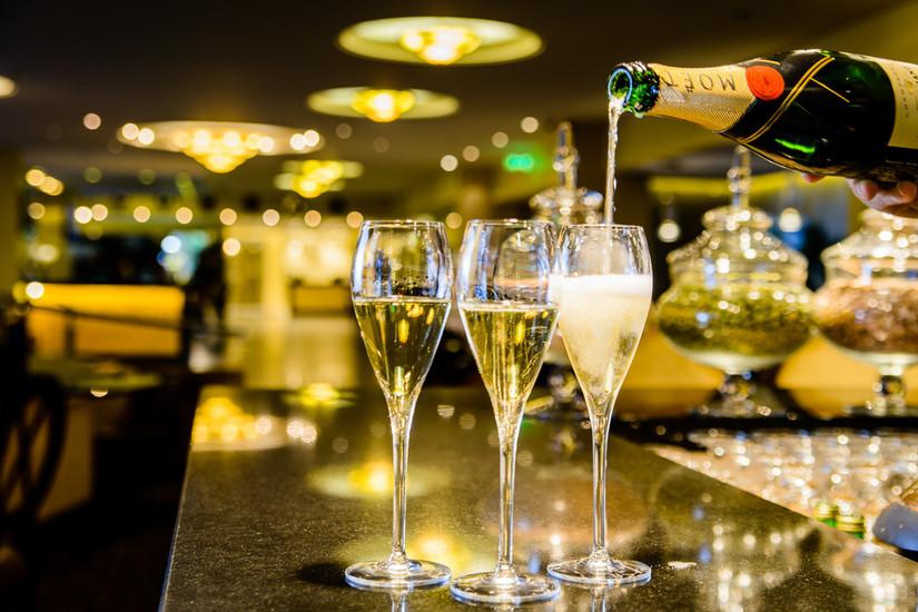 l bar 24 by night jurmala