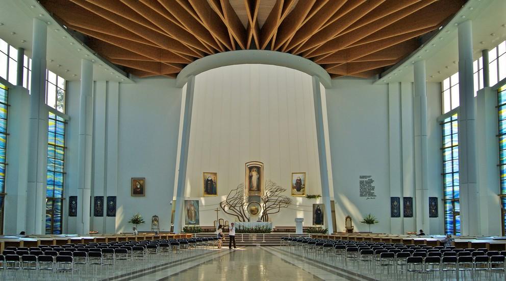 Sanctuary Of Divine Mercy Krak 243 W Sightseeing Krakow