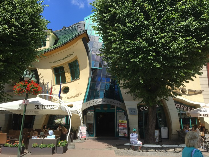 The Weirdest And Most Photographed Building In Sopot The Crooked House Is A Great