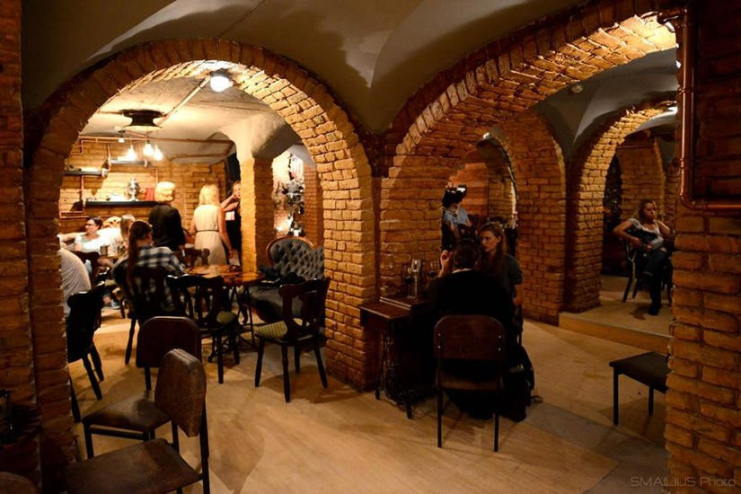 Variokas Steampunk Bar Bars Pubs Amp Clubs Vilnius