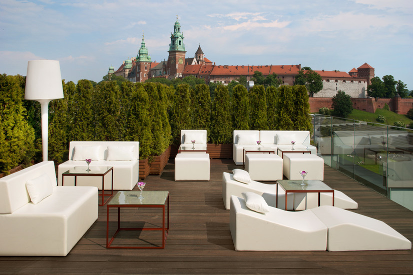 the roof top terrace lounge bar bars clubs krakow. Black Bedroom Furniture Sets. Home Design Ideas