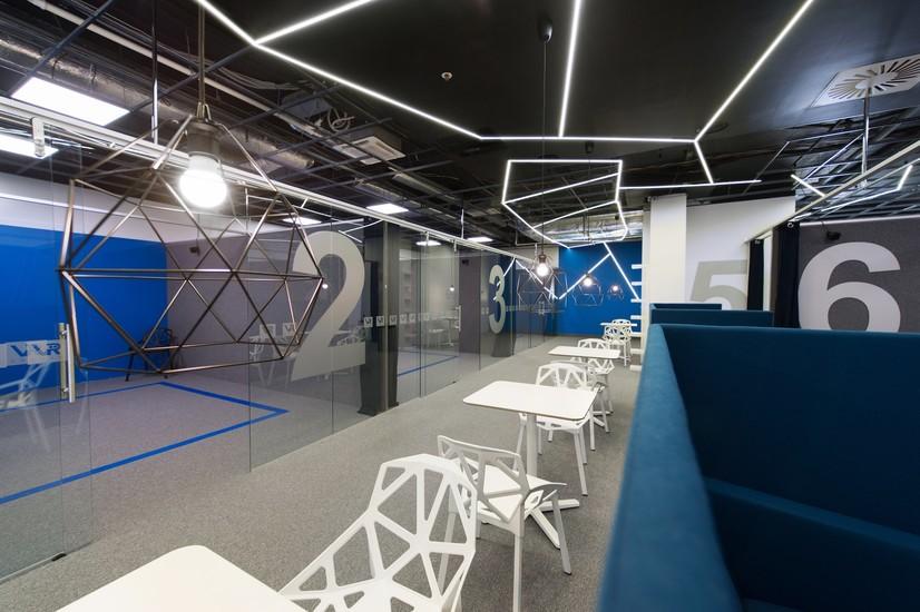 Vr cafe leisure vilnius for Room design vr