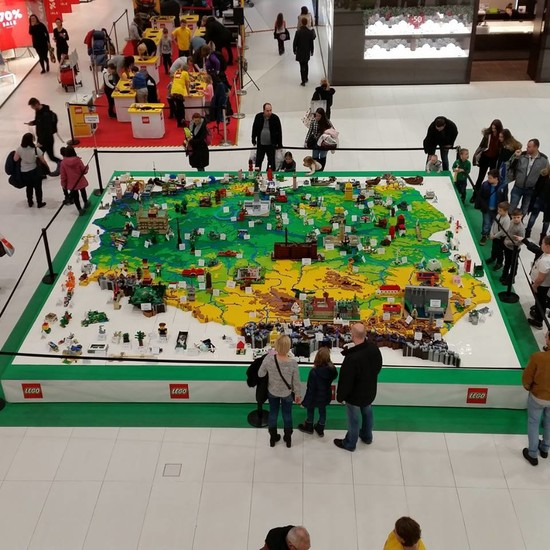Lego Exhibition: Invasion of the Giants | Warsaw