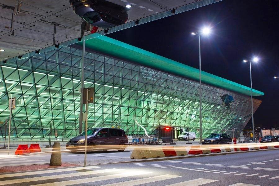Krak 243 W Airport Getting To Krakow