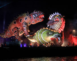 Outdoor Dragon Show on Wisła River