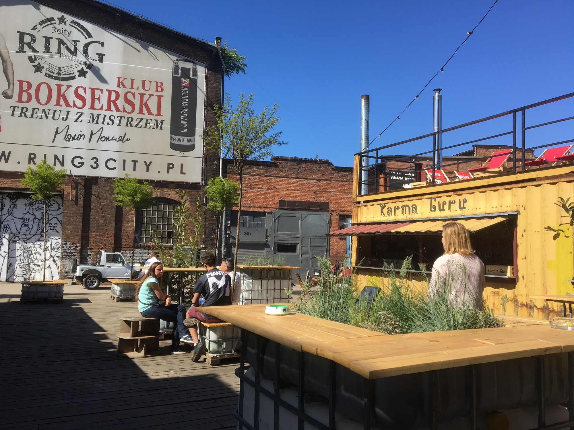 100cznia | Bars, Pubs & Clubs | Gdańsk