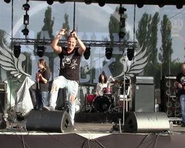 Dan Helciug (Queen Cover Band)