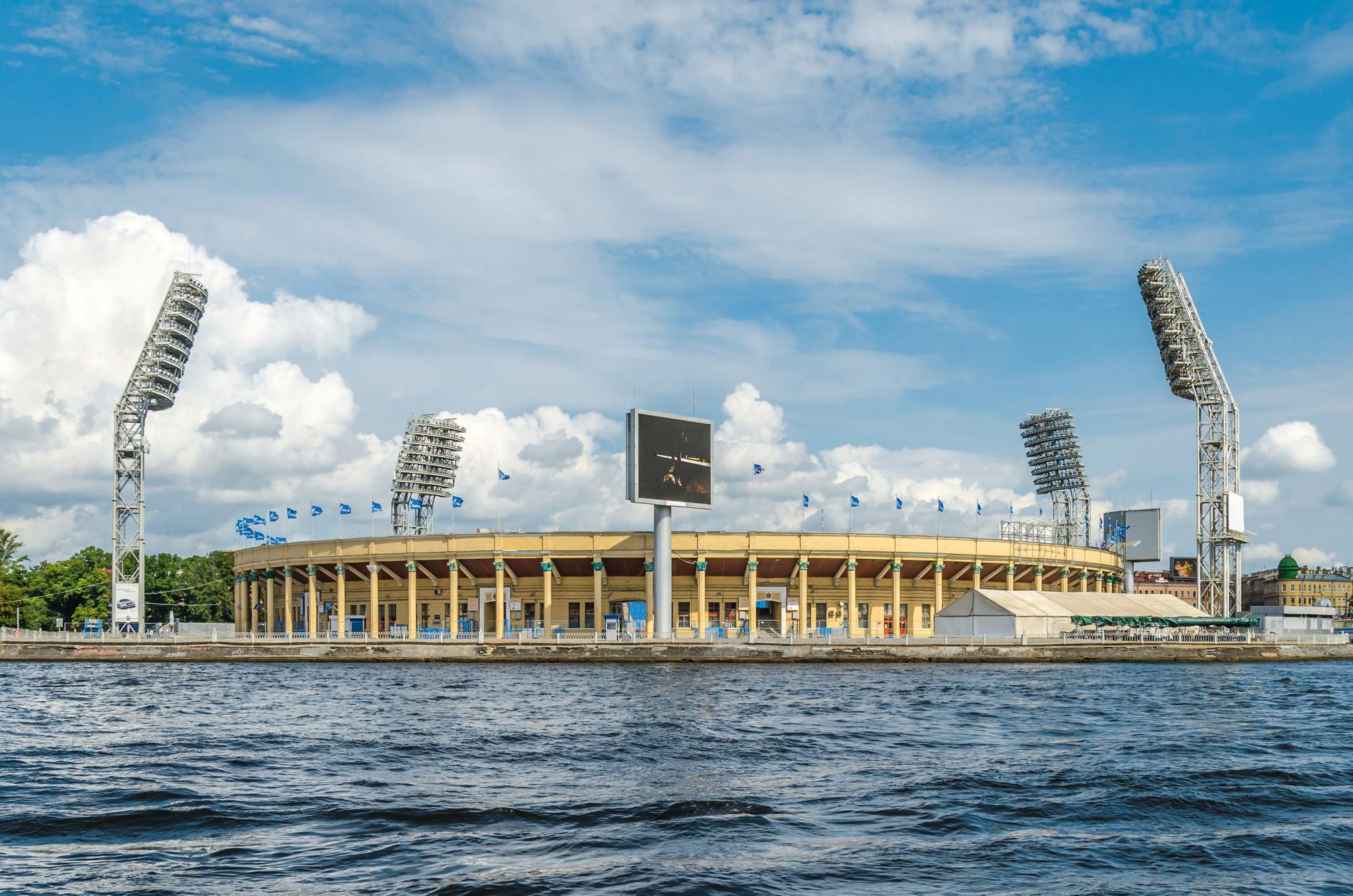 Petrovsky tsekhgauz, yacht club on the river Voronezh 67
