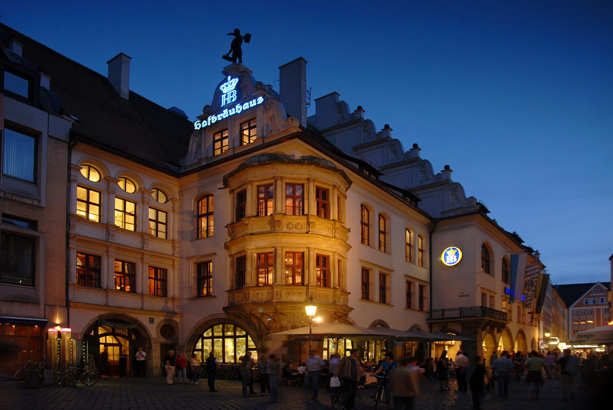 Hofbräuhaus | Restaurants | Munich