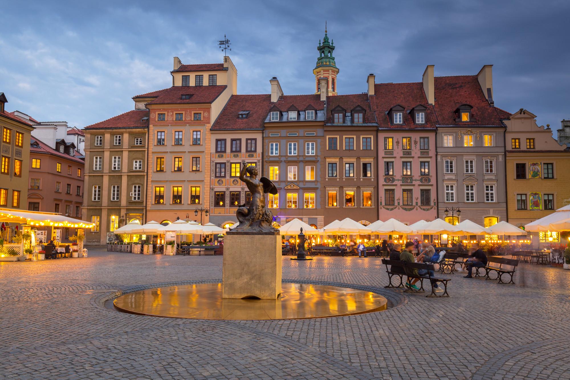 المدينة القديمة من اهم معالم السياحة في وارسو