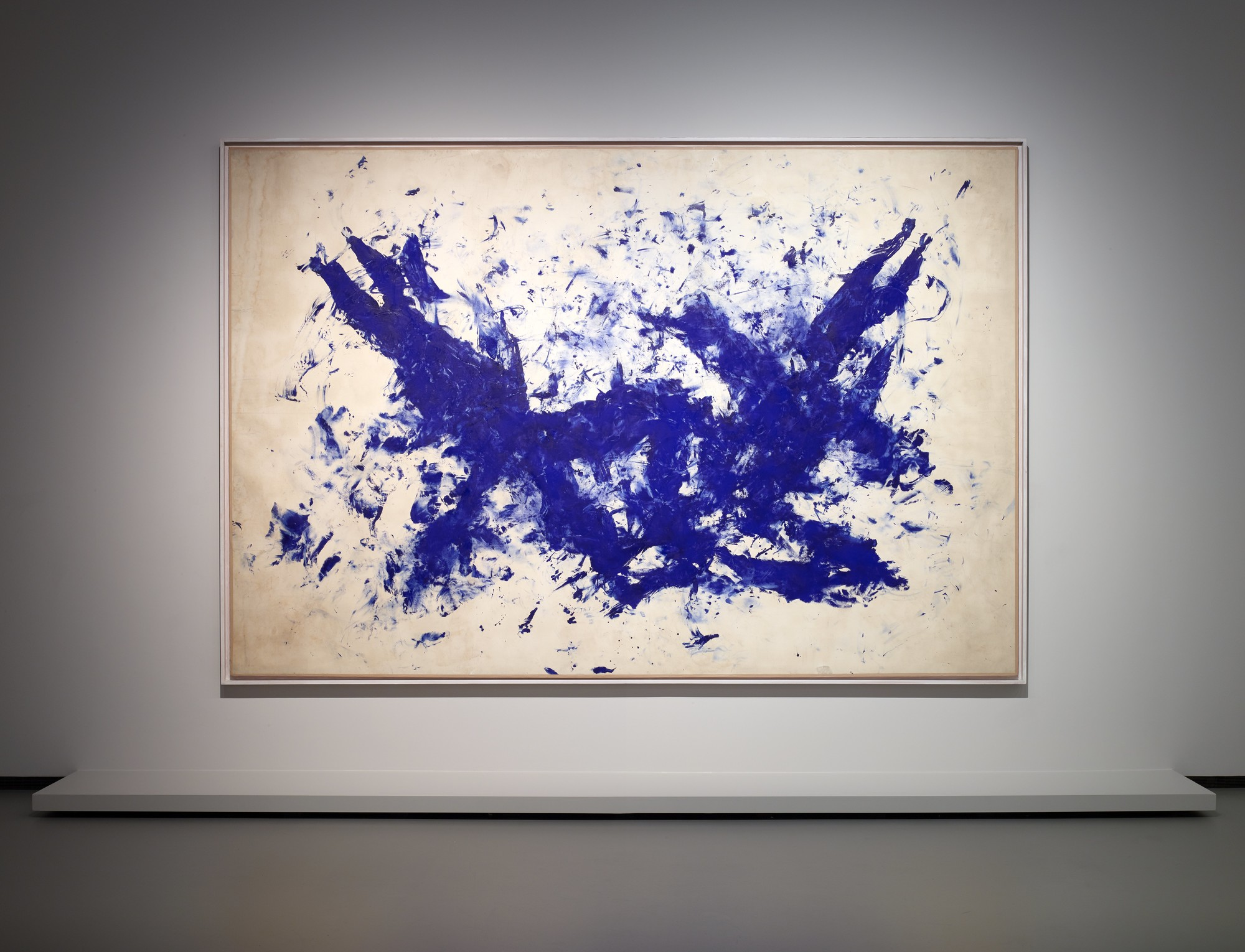 044472169d Collection of Fondation Louis Vuitton: Selected Works. Exhibition