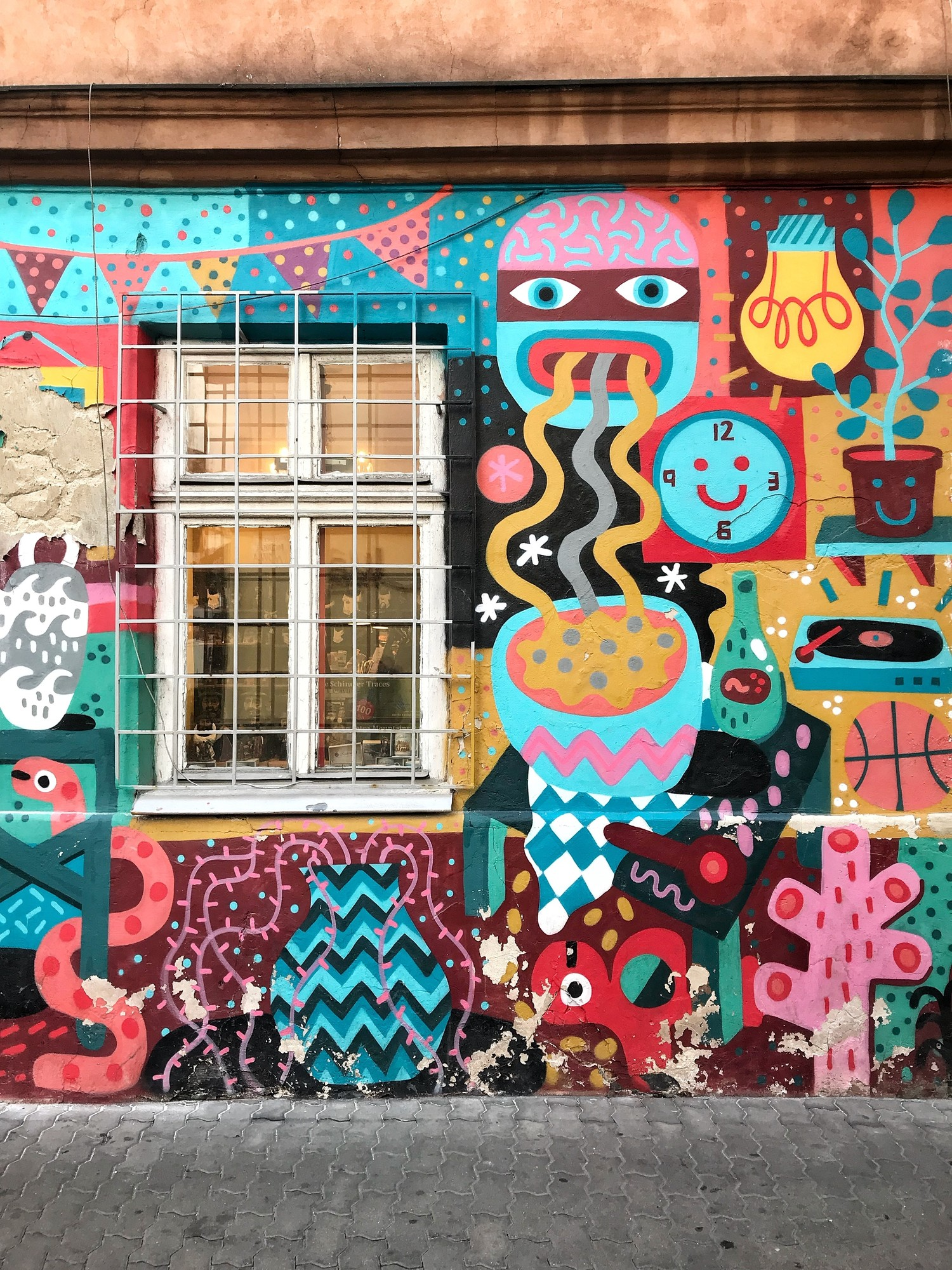 Krakow Street Art | Where to find murals and urban art in Cracow