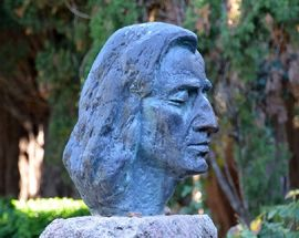 Formed. Images of Frederic Chopin in Sculpture.