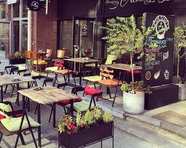 Hemingway Cafe