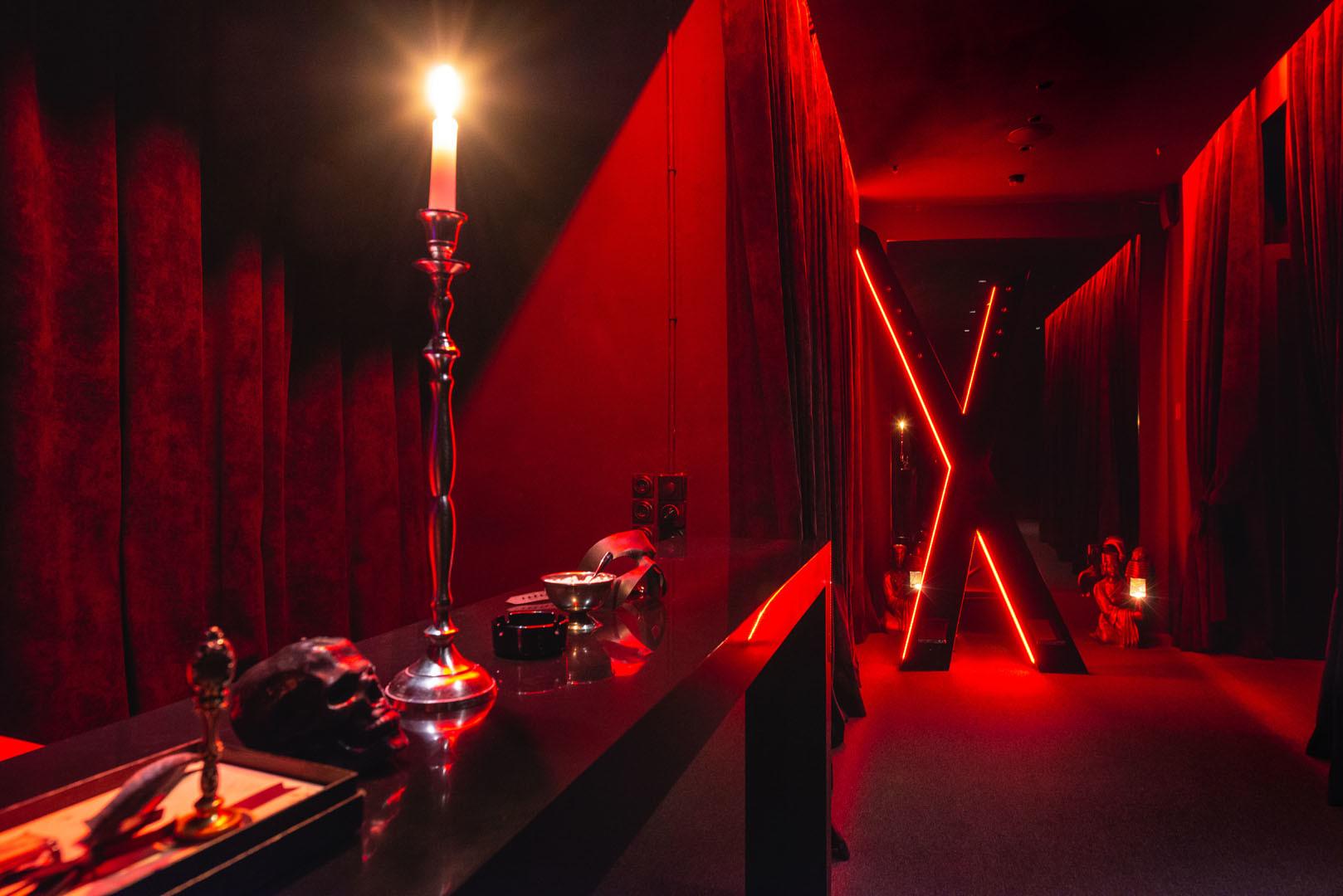 Клуб в москве театр уфа ночной клуб мечты