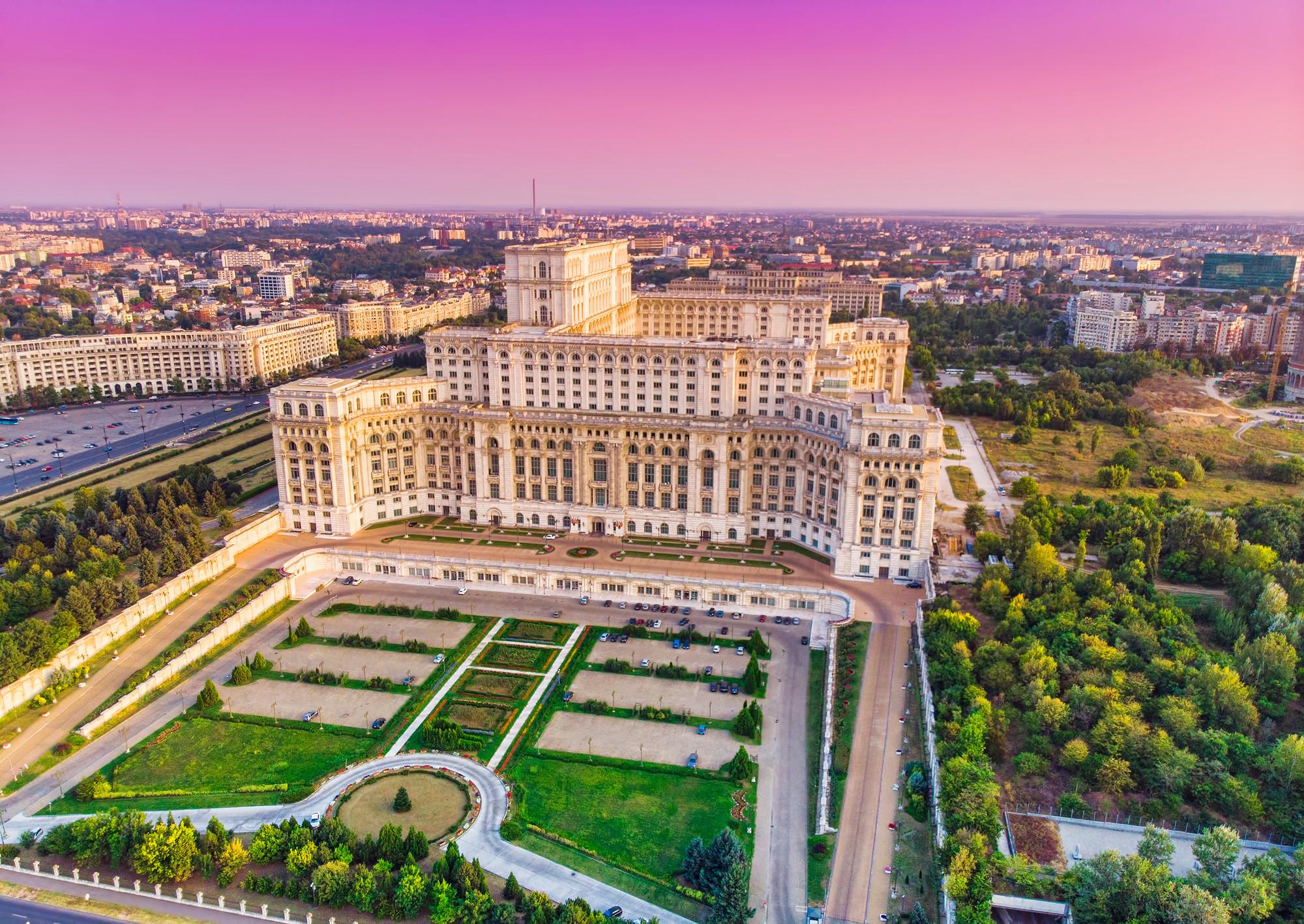 Casa Poporului Sightseeing Bucharest