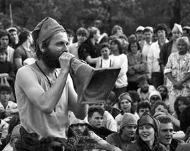 The Gnome Revolution: 'Major' Fydrych & the Orange Alternative