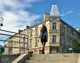 Kraków Podgórze: The Foothills of Memory