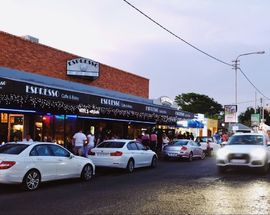 Parkhurst 4th Avenue – neighbourhood guide