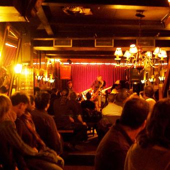 alto jazz caf233 bars pubs amp clubs amsterdam