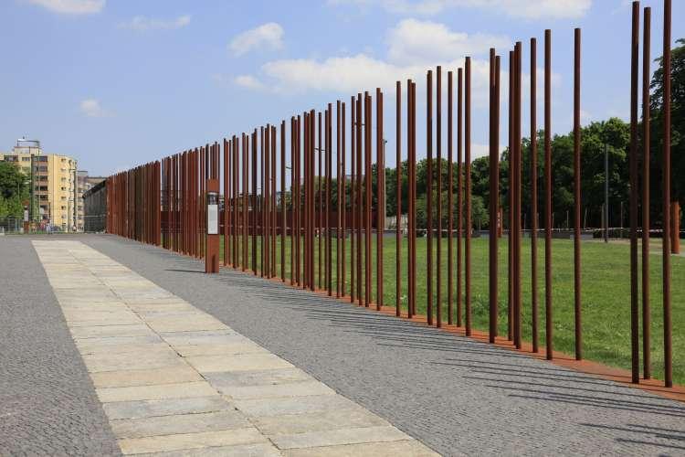Gedenkstätte Berliner Mauer   Sightseeing   Berlin