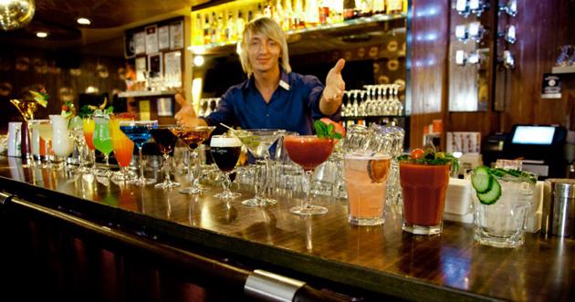 riga pubs bars clubs