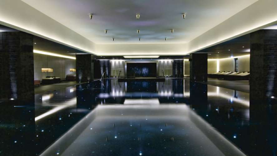 Ritz carlton powerscourt where to stay dublin - Hotels with swimming pools in dublin ...
