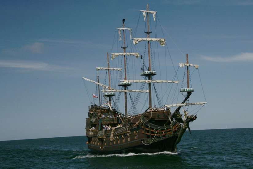 pirate ships gdynia leisure gdynia