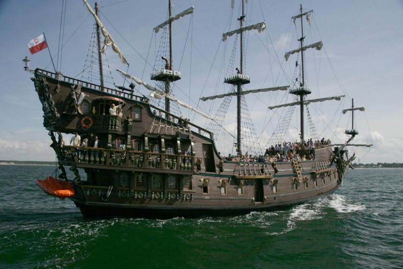 Pirate Ships Gdynia Leisure