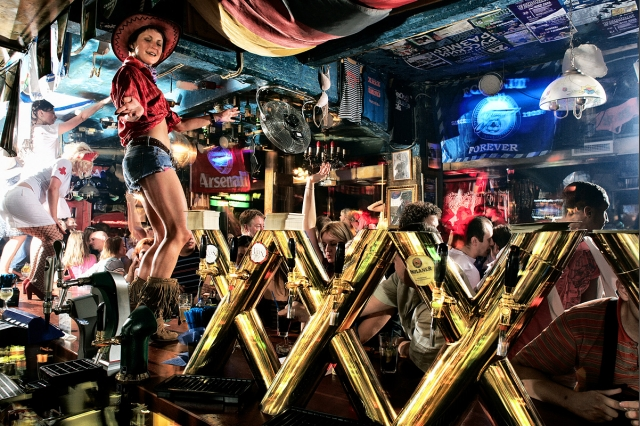 bar-xxxx-v-spb