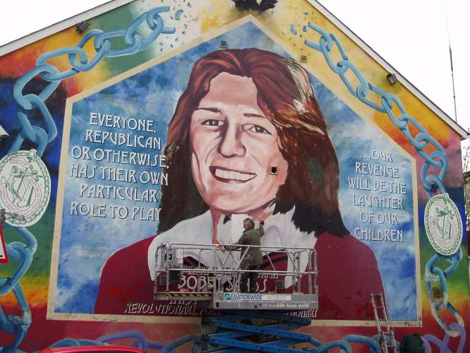 Troubles tourism belfast northern ireland for Bobby sands mural falls road