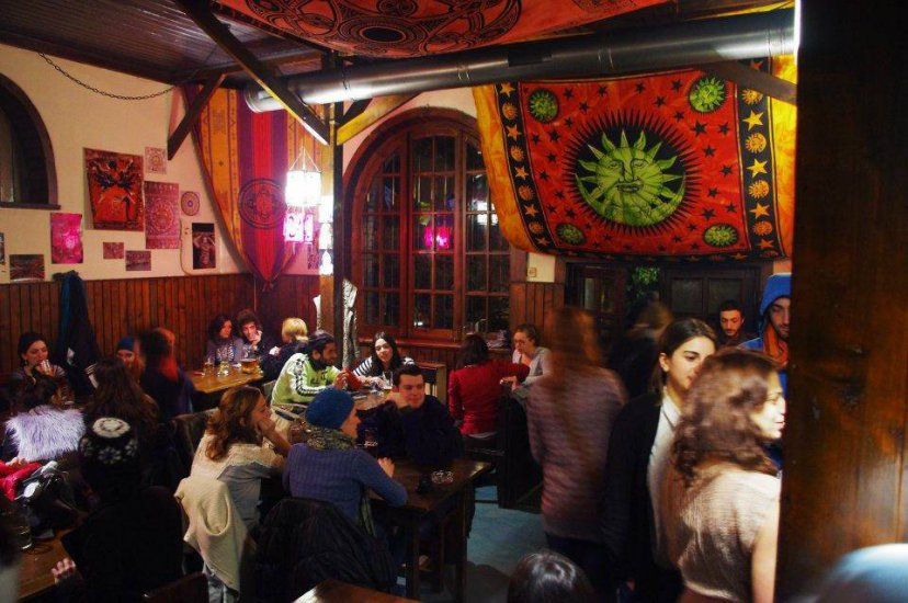 Canudos Ethnic Bar Bars Pubs Amp Clubs Tbilisi