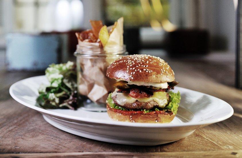 Dish Fine Burger Bistro  Restaurants  Prague-8236