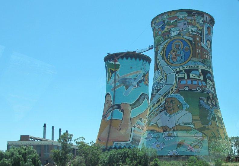 Orlando Towers | Sightseeing | Johannesburg | 792 x 550 jpeg 72kB