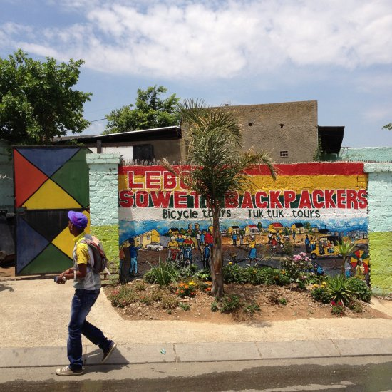 For Rent Room Soweto Orlando: Lebo's Soweto Backpackers