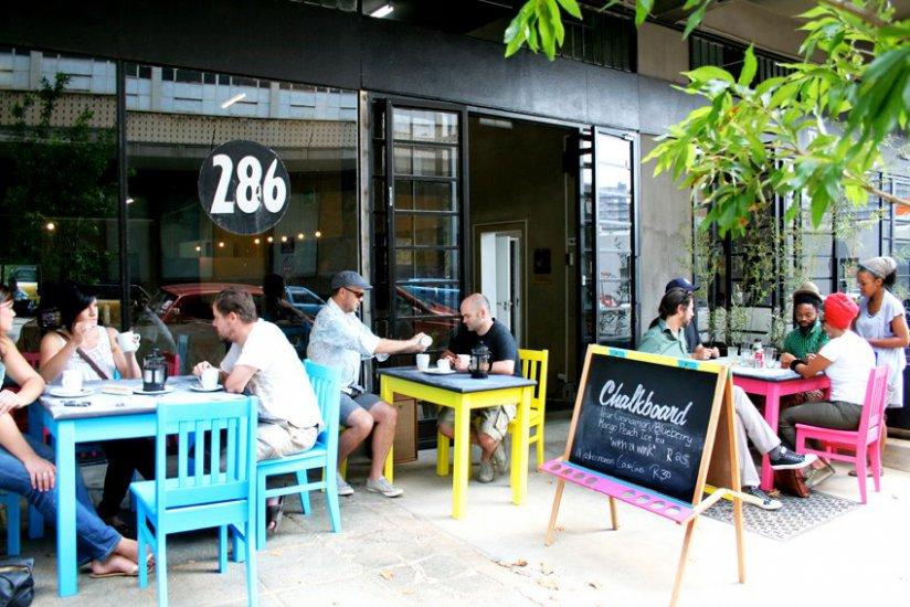 Small Street Restaurants Bs