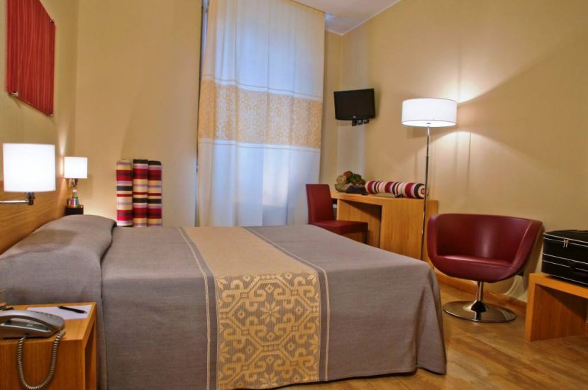 Buffet Italiano Cagliari : Italia where to sleep cagliari
