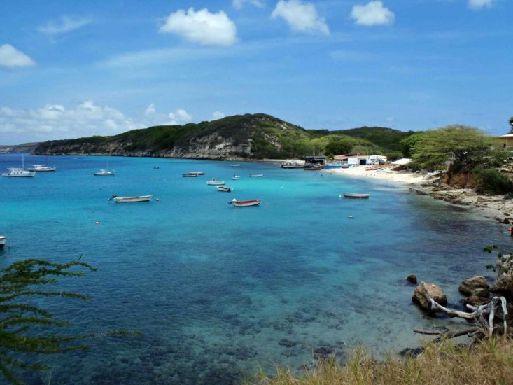 Waterside Apartments & Dive | Curacao Hotels