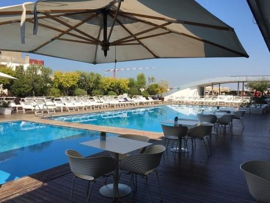 Radisson Blu Rooftop Swimming Pool   Leisure   Rome